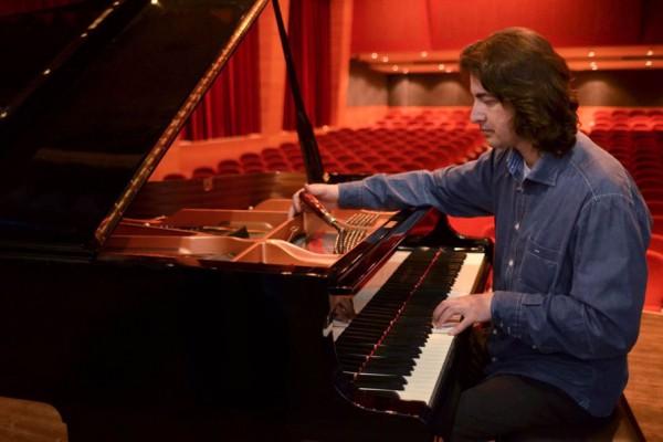 evgenios-tasioulas-piano-tuning-02